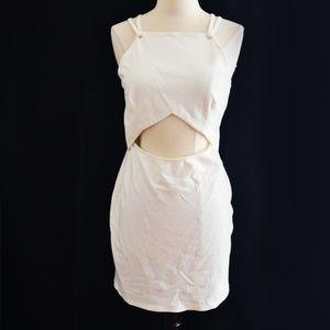 Dresses & Skirts - White Open Midriff Peekaboo Dress Size S